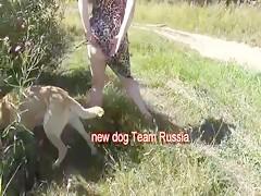 Un verdadero polvazo con su perro